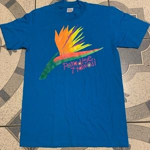 NWOT Vintage Paradise Hawaii Spellout Graphic Tee